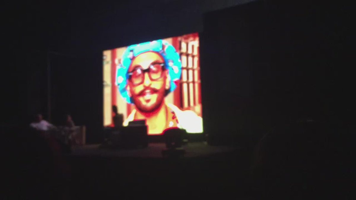 ".@RanveerOfficial's special message for @deepikapadukone. He says ""I think it's time for you to go west"" #MovieMela https://t.co/GPHg1TPEjC"