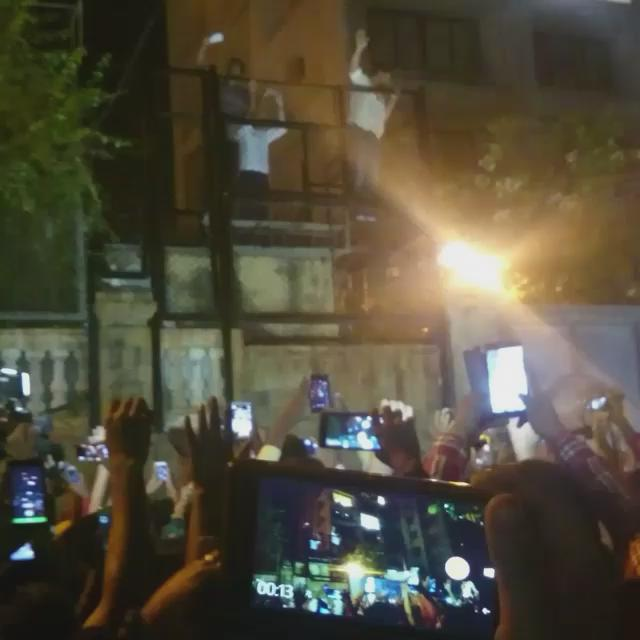 Still can't believe I saw him live today. Love you SRK @iamsrk You are the best. SRK Day https://t.co/B8hXqqsFLU