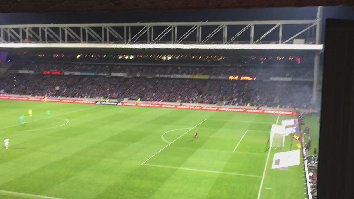 But de Alexandre… LACAZETTE ! 1-0 !
