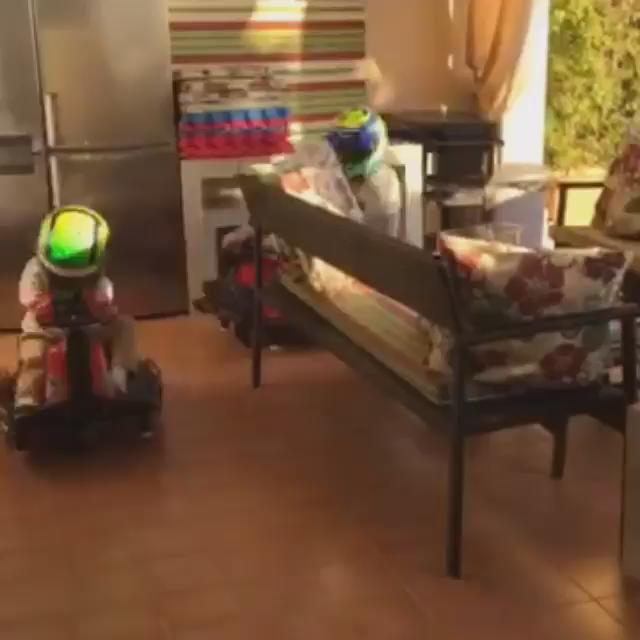 Felipe Massa for father of the year. https://t.co/xZz2f0Qdbj