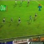 Golazos de Atlético Nacional 69 años ➜ Tijera inolvidable de Alex Comas a River. 1997 >>>  https://t.co/Old6ZG26Re