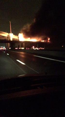 This is the main motorway from CDG airport to Paris right now,what is happening to this city anymore https://t.co/pDo2vrK81W