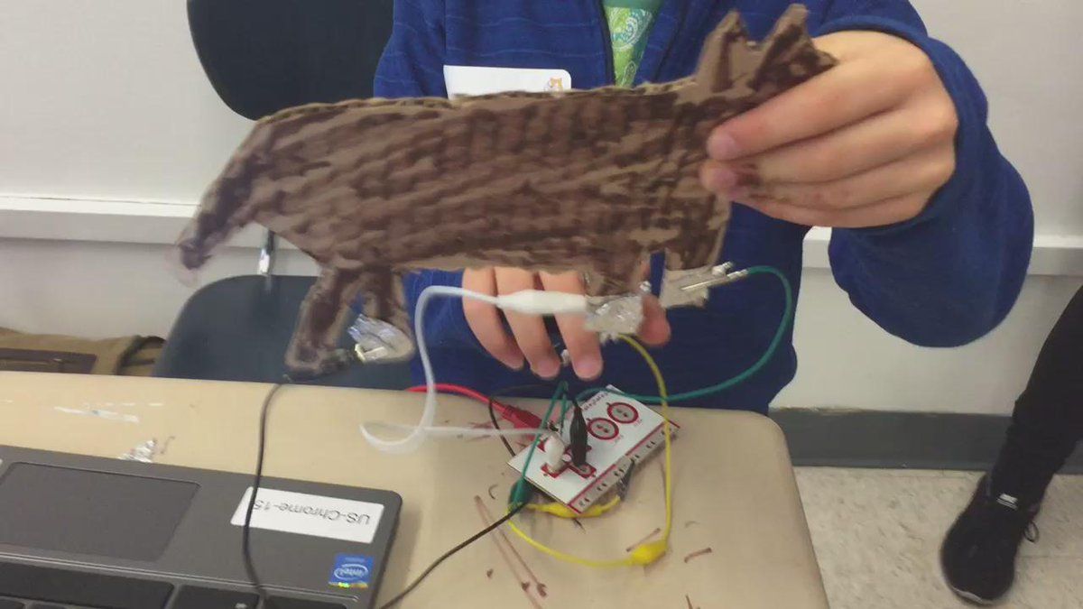 Making cardboard instruments with #MakeyMakey & @Scratch at @RamazSchool's #ScratchDay! #musedchat #STEAM #MakerEd https://t.co/wVjcIiNtBS