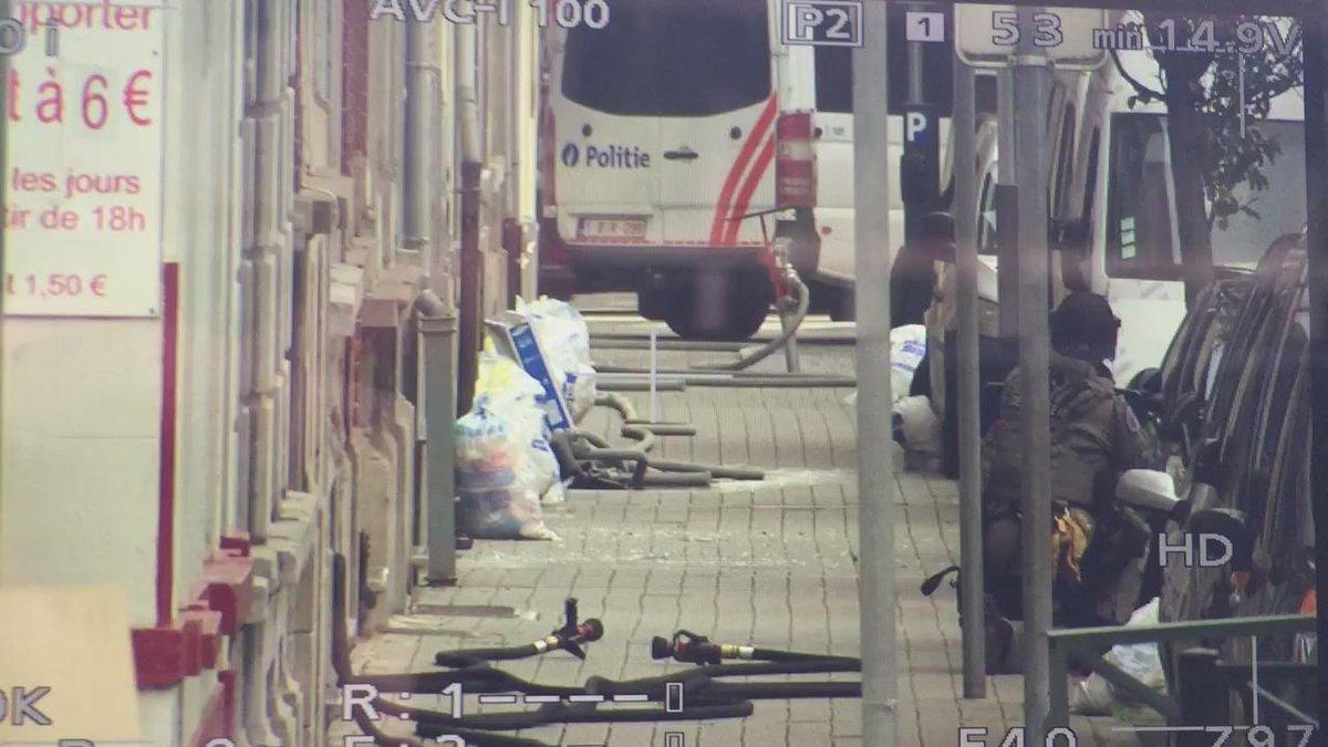 Siege #Molenbeek now https://t.co/AZXP2s9oMF