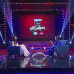 RT @asikshrutian: Don't miss to watch out this awesome answer by @shrutihaasan n #simplykhusbhu on @ZeeTamil same Gethu like Kamal sir http…