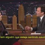 Gente como a gente! ???? Adele declarou que está com saudades de Rihanna e também está ansiosa pelo novo álbum ANTI! https://t.co/Ve2WlGzcdy