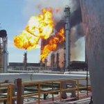 Aquí nuevo video de explosión en refinería de #SalinaCruz #Oaxaca @brozoxmiswebs @julioastillero @buho_botero https://t.co/aoG39uKbA9