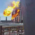 Video de la explosión en la refinería de Salina Cruz; @Pemex informa que hay 8 trabajadores lesionados https://t.co/6lnjyJlRz9