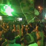 A festa é grande na rua Palestra Italia para apoiar o Verdão! #AvantiPalestra #SANxPAL https://t.co/qRD7DQ05uD