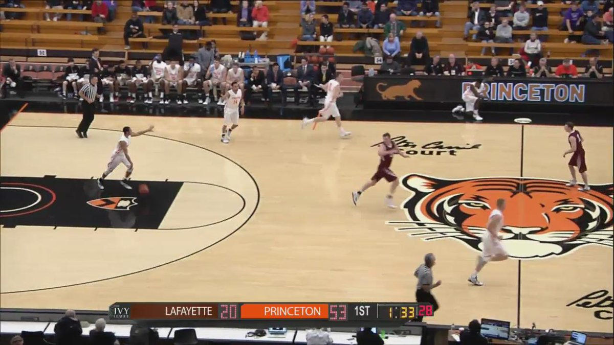 Here's the throwdown by @Princeton_Hoops' Devin Cannady from late in the first half... https://t.co/o4xSgnPCTZ