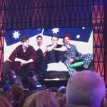 5SOS LIVE FROM THE #ARIAs PT2 https://t.co/RSNj4x8eVy