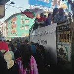 Participants chanting Slogans against LEAs in peaceful protest #RallyAgainstInjustices #Karachi #Pakistan https://t.co/GotgjBUC1u