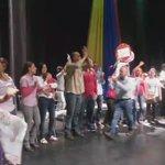 Se desbordó de alegría y amor el sector educativo por los candidatos de la Patria #LaManitoNiDeVaina @HectoRodriguez https://t.co/R3J8cnZYyP