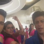 SrKajolPagal: RT Varun_dvn: Live from the set of #Dilwale kritisanon #kajol are finding it tuff to match up to us … https://t.co/JLYNrzo4Pt