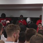 The best fight song around in another victorious #HTownTakeover Locker Room! #GoCoogs https://t.co/5MOuvxZi5I