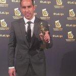 Como buen portero, ¡no se le escapa el premio a @C1audioBravo! #PremiosLaLiga https://t.co/9G0WnLxSpq