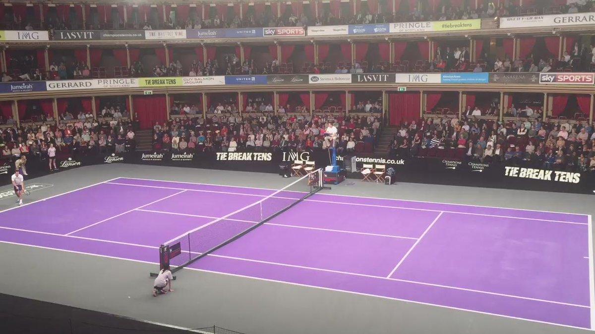 Vintage Tim Henman @ChampionsTennis at the @RoyalAlbertHall vs. @JRBlake.   @ATPWorldTour @BritishTennis https://t.co/wowYi0dNh5