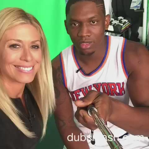 Hey @Drake you've met your match with @kevin_seraphin! @nyknicks fans check out this @MSGNetworks #dubsmash! #Knicks https://t.co/eH6QQmIEU7