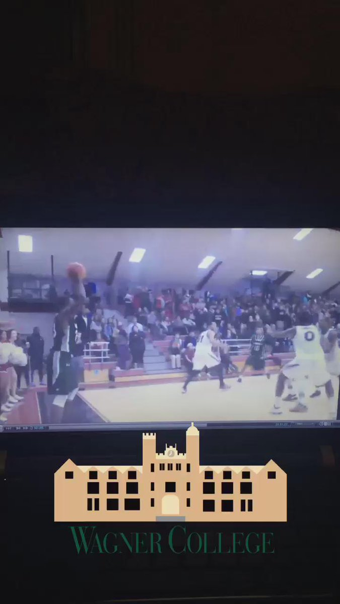 How's that for a game winner? @espn #SCTop10 @DwaunAnderson w/ putback jam for the win vs @RiderMBB @nybuckets https://t.co/vvIrJy2PrS