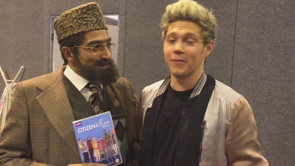 So I met @NiallOfficial from #onedirection at #bbcmusicawards #1d he going to be in my show #citizenkhan #NiallHoran https://t.co/bZv1Cp2j0e