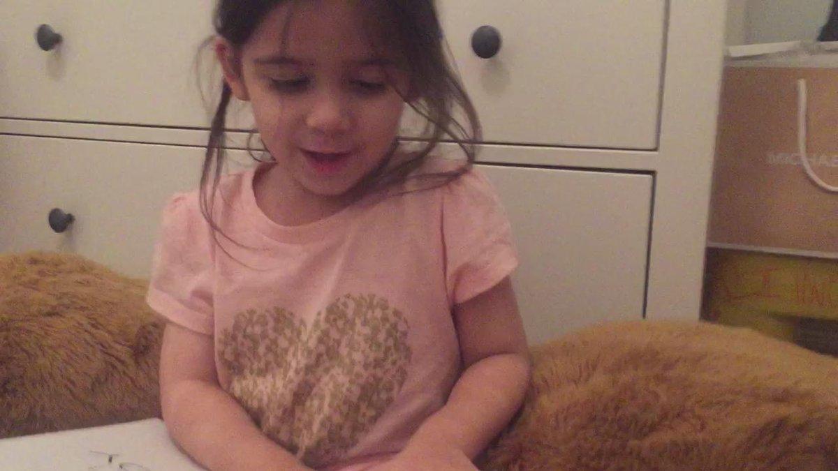 RT @QueenofKardash: @khloekardashian even my 3 year old sister loves #StrongLooksBetterNaked ???? https://t.co/Jo0gVjIT1k