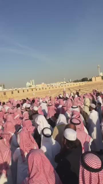 مراسم دفن الداعية صالح الحمودي رحمه الله