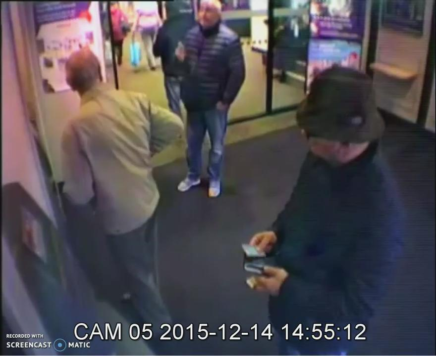 Please help @lincspolice find men who stole £23,000 from a 93 year old man in a Grantham distraction theft. https://t.co/6nKqDb5LiS