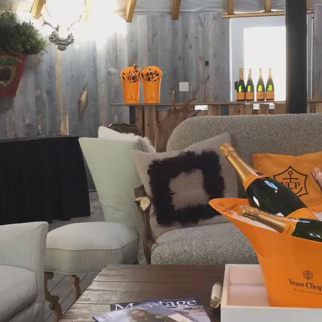 The perfect aprés ski experience after a morning on the slopes. @VeuveClicquot @MontageDV https://t.co/qx5mdwJyvC