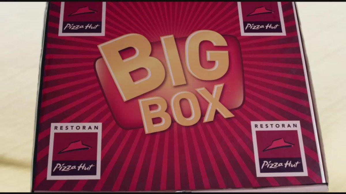 Takeaway Big Box Rp.180,000 (1 pizza besar,1 fusilli,1 nasi & 3 aneka appetizer) dari restoran Pizza Hut. SKB. https://t.co/r297A1EOtb