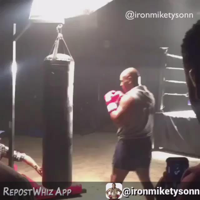 At age 49 @miketyson still got that beast in him. #willneverloseit #miketyson @prolastboxing https://t.co/tpOrrH08pm
