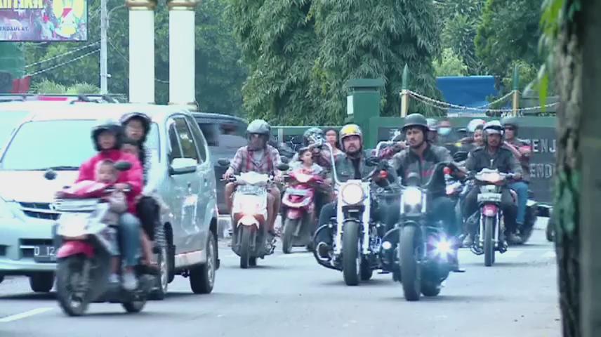 #abahpulangbandung ntn balap @Rayafitrinur LiburannyaAnakJalanan @OfficialRCTI @AnakJalananBDG @AJ_Sunda @AJ_RCTI https://t.co/0CLsR1plDc
