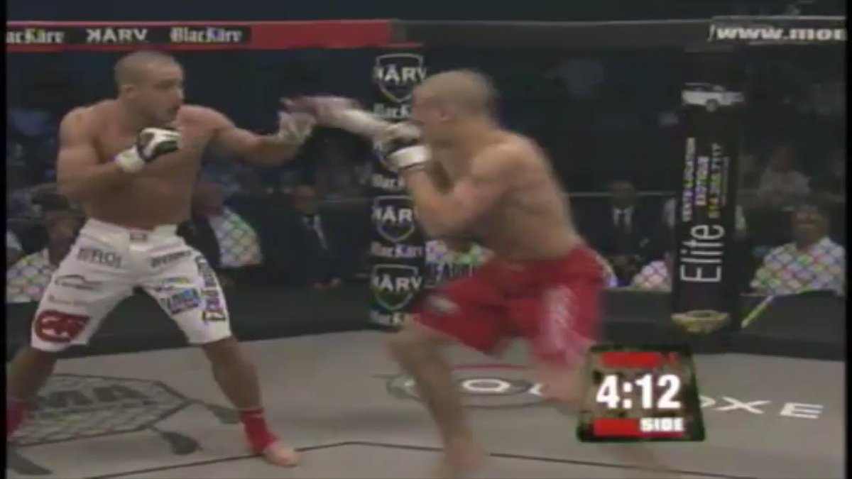 ICYMI - #GFL veteran @DustinPoirier has been laying people out for years....  #FlashbackFriday https://t.co/kt3AqK1jat