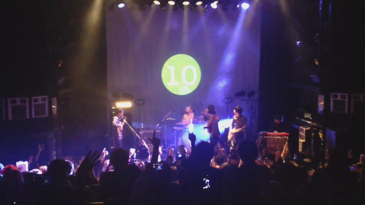 2015-2016 COUNTDOWN@SHIBUYA WWW Yogee New Waves - Fantasic Show https://t.co/NY2QV5S3O3