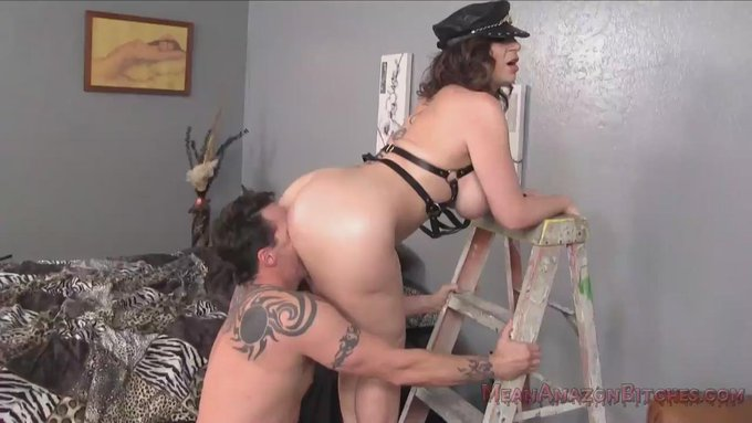 RT @GlennKingXXX: Fact: @SaraJayXXX is an #AssWorship God . Watch the full trailer at https://t.co/JVQVRAQ9Oc