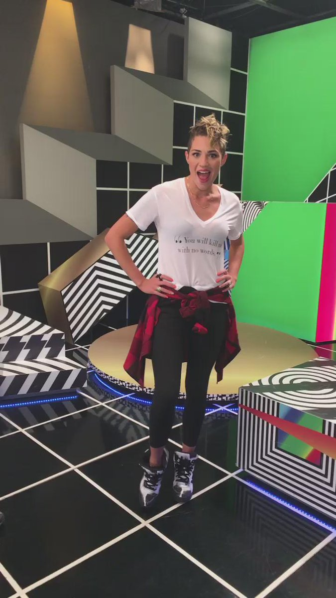 Les gustan mis papos!? Los amo! @MTVLA #MTVHitsLA https://t.co/Z9vryhSLTX