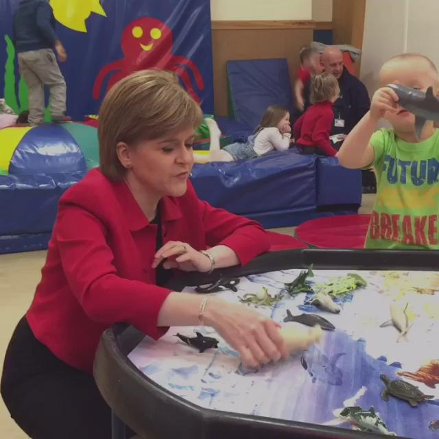 First Minister @NicolaSturgeon in North Edinburgh this morning https://t.co/BOUD2blLwf