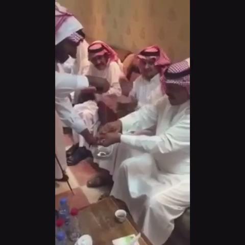 فيديو: #حملة_لإيقاف_ظاهرة_كفر_النعمة. https://t.co/qMLsjHL4yx