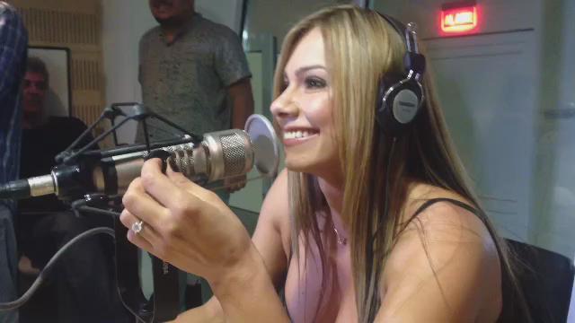 RT @los40colombia: ¿Te perdiste la entrevista de @EsperanzaGomez con @saenzdiego? Escúchala completa