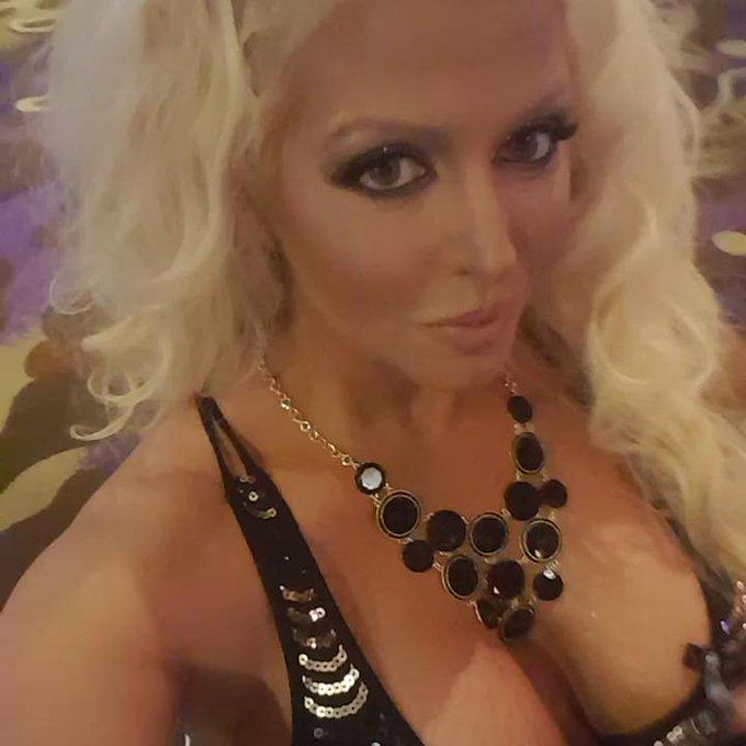 Vegas Awesomeness 2016 AEE! https://t.co/MOE90aIojd