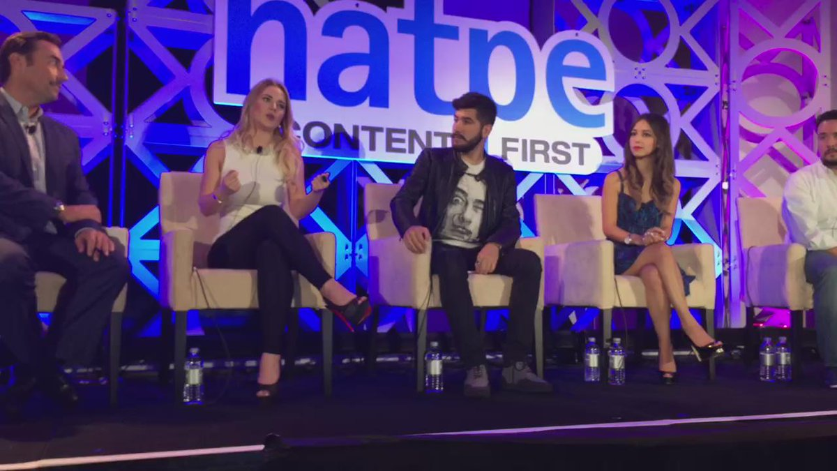 @Kimy2Ramos #NATPE2016 what to share & how she interacts with her audience. #Latinos https://t.co/dA10CVsKzQ