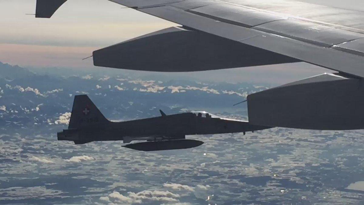 2 Swiss fighter jets escort the PMs plane as it leaves Zurich #WEF16 #cdnpoli #hw https://t.co/UsV3zdVpW8
