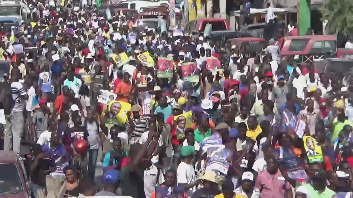 New round of pro-democracy protests in #Haiti denounce foreign interference & demand new elections. https://t.co/QWjFCAARkO