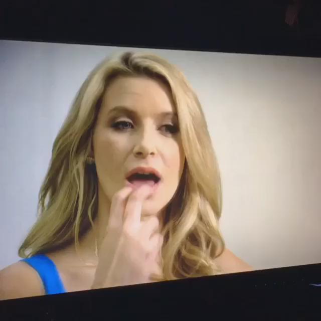 #PussyPitCrew ✂️✂️ #AVNawards2016 @ElsaJeanxxx @KateQFunny @AnikkaAlbrite @JoannaAngel https://t.co/