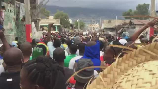 "Massive pro-democracy protests continue in #Haiti...""We will no longer accept this gov't, bye bye!!"" https://t.co/1kzAkKcEMM"