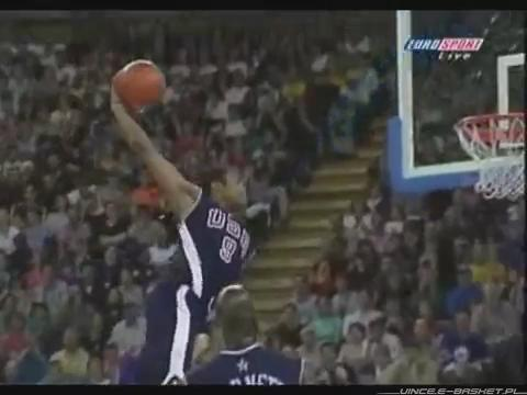 Happy 40th birthday to Vince Carter!