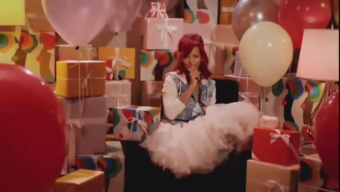 Rihanna singing happy birthday