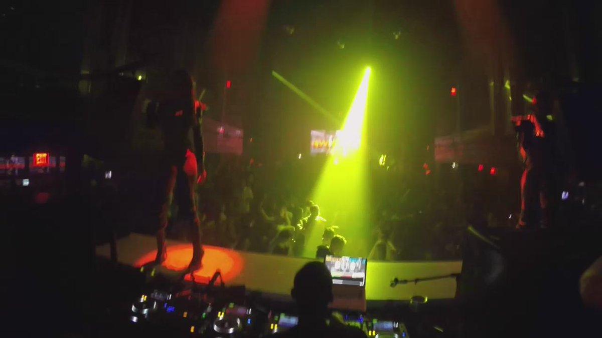 RT @DJWhooKid: Amazing! @LIVmiami --- went in on my new @youngbuck @wildfellaz joint last night in Miami!! #EFFENVODKA ???????????????????????????????? https://t.c…