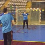 #Handball Un penalty venu dailleurs ! https://t.co/8oD20C62kc https://t.co/DBBHTgUycP