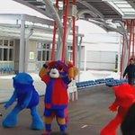 ドロンパとクマs 東京競馬場 #東京ドロンパJマスコット総選挙 https://t.co/hS3GWFhuiU