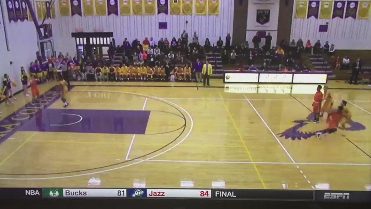 Tutein again! UC kicks offs the 1am airing of SportsCenter! https://t.co/QYFevOuN02